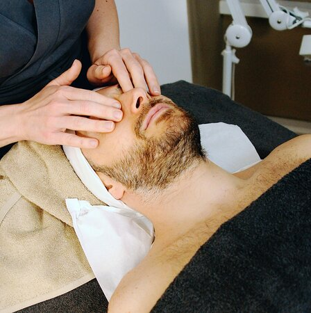 Indie Head and face massage
