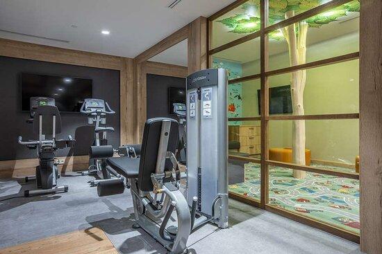 Gym with window on Kids Room