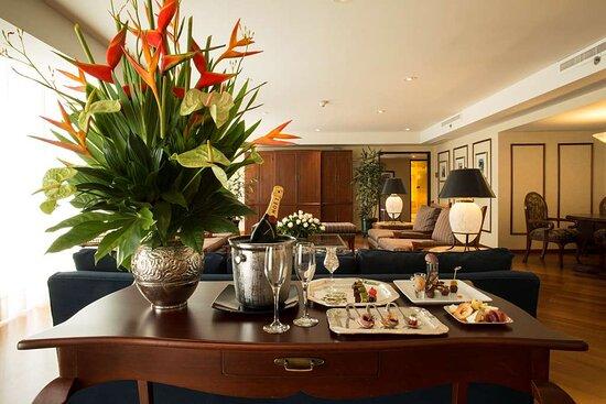 Presidential Suite Living Room Swissotel Lima