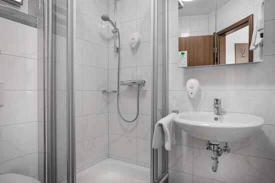 Bathroom Studio Maisonette_TOP acora Hotel und Wohnen Karlsruhe
