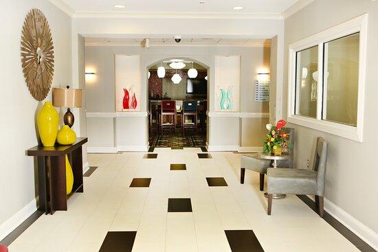 Holiday Inn Express Sumter Lobby