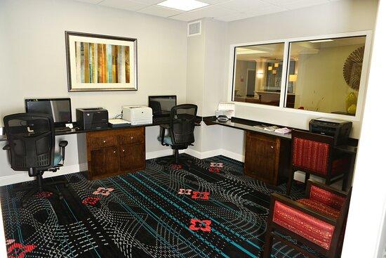 Holiday Inn Express Sumter Business Center