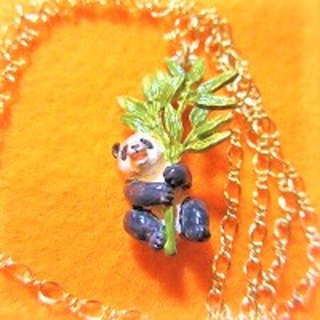 パンダのネックレス panda necklace #大阪 #中崎町 #パンダ #雑貨 #雑貨屋 #オンリープラネット #onlyplanet #osaka #nakazakicho #panda onlyplanet@elv.digitalway.ne.jp