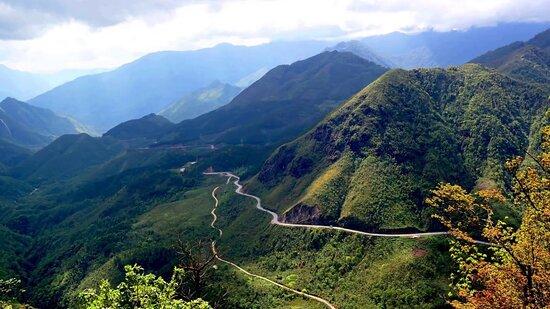 Vietnam motorbike tour to Sapa