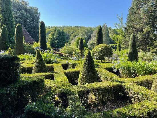Jardin et paysages bien entretenus