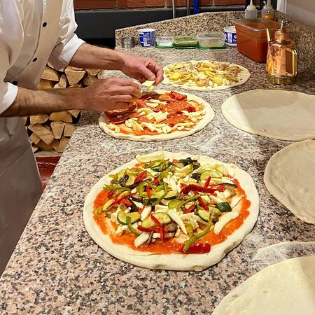 Squares pizzeria
