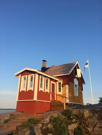 Pilot house, now a Cafe Kobben