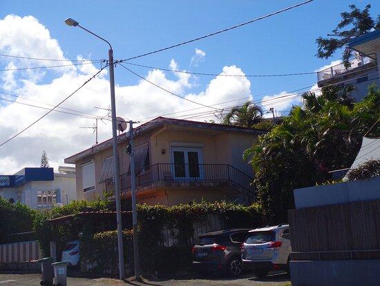 Noumea, Nueva Caledonia: 🔶  Charleroi Street   🔶🔶   Nouméa City - New Caledonia  🔶