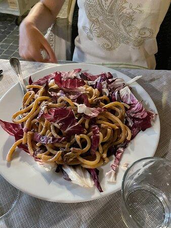 Pici radicchio e gorgonzola