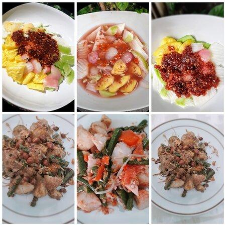 Denpasar, Endonezya: Aneka Rujak dengan buah buahan yang fresh dan bumbu khas Bali