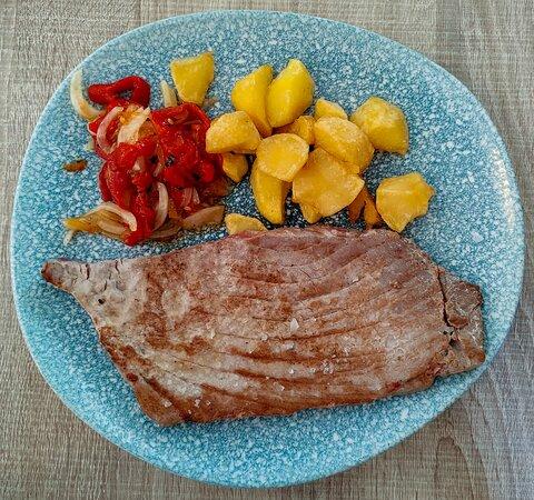 Filete de plato (parte del atún que se encuentra en la zona exterior del lomo)