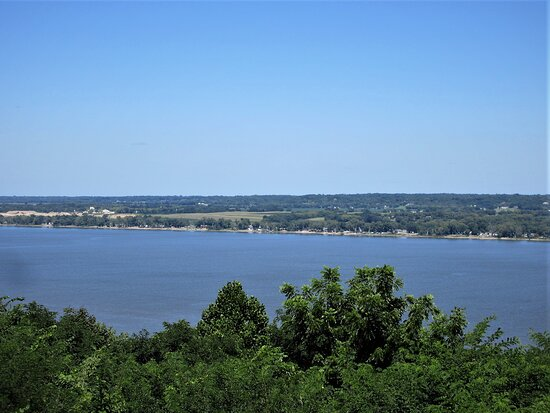 Peoria, IL: The Illinois River -- 273 miles (439 km) long, the main tributary of the Mississippi River. View from Grand View Drive. August 2021