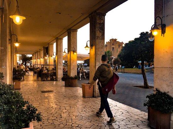 L'isola pedonale di Ostia a 50 metri dall'Hotel Ping Pong