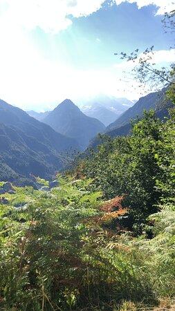 Trasquera, Italien: A pochi metri dai boschi svizzeri