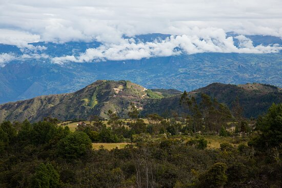 Cuenca best tour option in 3 days from Cuenca: Driving through the mountains near Cuenca.