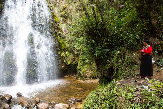Cuenca best tour option in 3 days from Cuenca: Juanita and the waterfall.