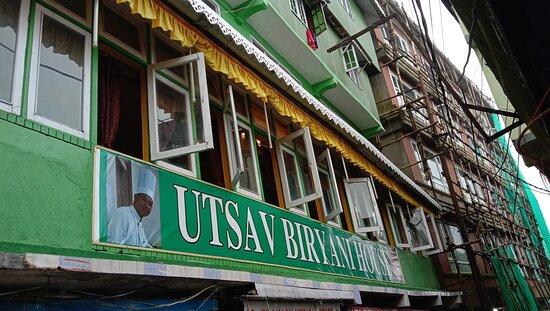 Utsav biryani house  Address chaurasta horse stable       Darjeeling  7602299602