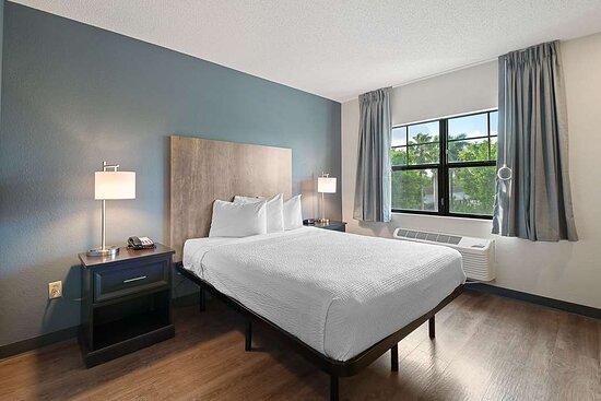 Studio Suite - 1 Queen Bed