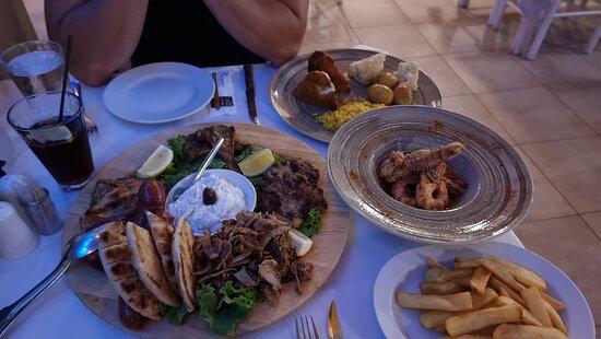 Rigtig lækkert mad de serverer her på Da Romeo. Deres desert er jo himlen. Skøn betjening og hyggeligt sted.