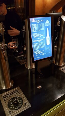Detail information about each beer you can find on the screens. On the desc you can clean your glass with water and there is the spot to put the cash card