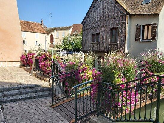 Le Circuit Des 17 Ponts De Montargis