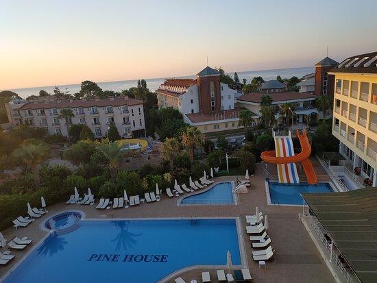 Отдых семьёй в отеле Pine House, поселок Çamyuva (Kemer/Antalya, Турция)