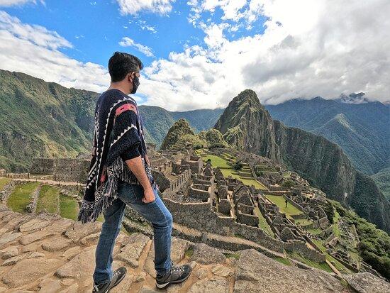 Machu Picchu Private Guided Tour from Aguas Calientes: La majestuosidad de la ciudadela.