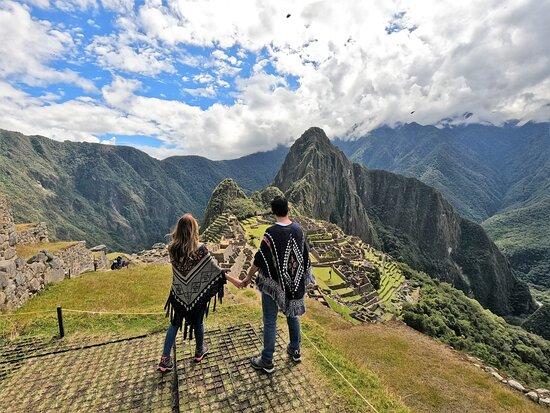 Machu Picchu Private Guided Tour from Aguas Calientes: ¡Vista realmente sobre acogedora!