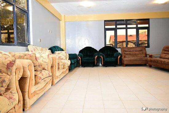 Mpeta Lounge