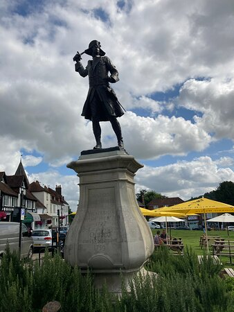 General Wolfe Statue, The Green, Westerham, Kent