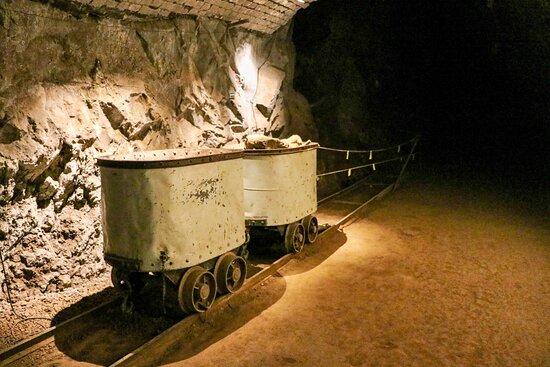 Rondleiding door Asfaltmijnen: Minas do asfalto