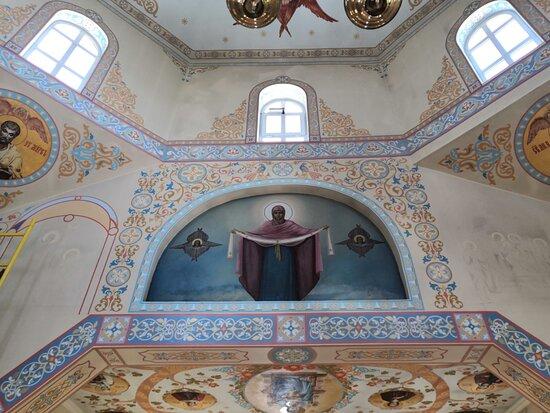 Внутреннее убранство Покровской церкви Пятигорска
