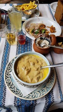 Yaremche, Ουκρανία: Ужин...