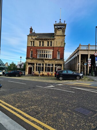 The Bridge Hotel Newcastle.