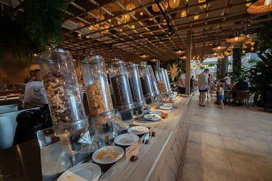 Breakfast at Mookoo Nest Restaurant