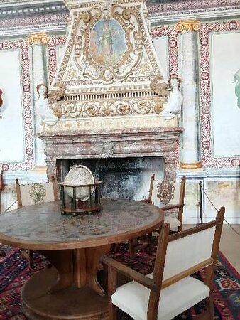 Una delle numerose sale all'interno del Palazzo Vertemate Franchi.