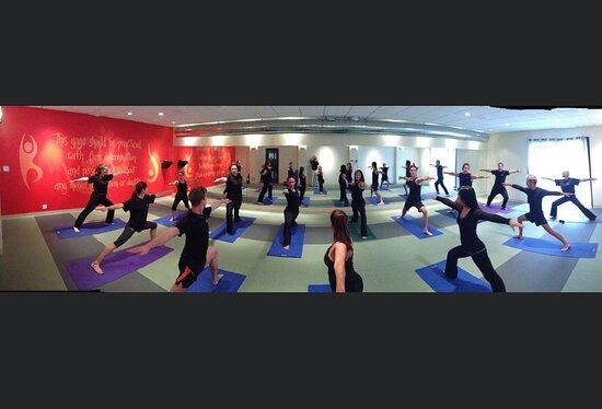 אוונסוויל, אינדיאנה: Hot Yoga Studio