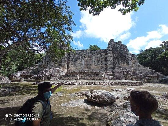 Calakmul Tours By Enrique