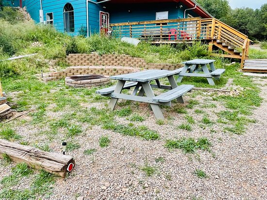 Picnic area and Firepit