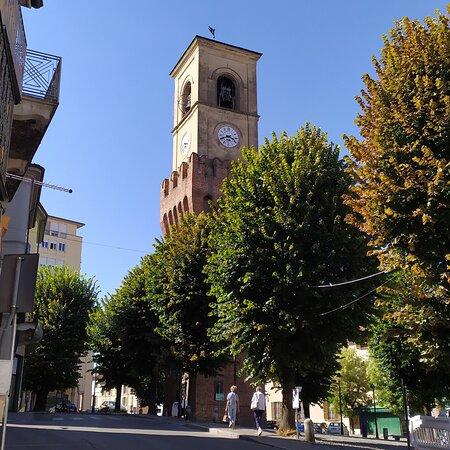 Stradella; Torre Civica 1390 con cella campanaria 1837