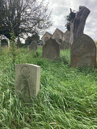 2.  Commonwealth War Graves, Westerham, Kent