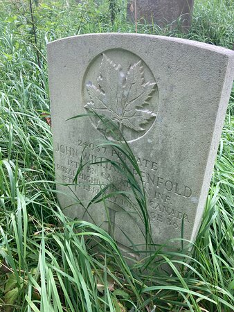 4.  Commonwealth War Graves, Westerham, Kent