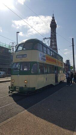 Blackpool, UK: Heritage tram