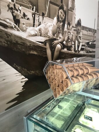 Le Tre Gioie Gelateria Ice Eis zmrzlina Caorle Italien Taliansko