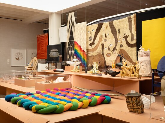 The Crafts Council Gallery in London is a new public space dedicated to craft. The Gallery will present a programme of exhibitions and events throughout the year that tell the many stories of craft and making. It is a welcoming and inclusive space that has been designed with collaboration in mind. We want the Gallery to offer something for anyone with an interest in craft or curious to find out more.  Image credit: Eva Herzog (July 2021)