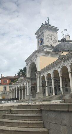 Piazza della Liberta Markt namestie Udine Italien