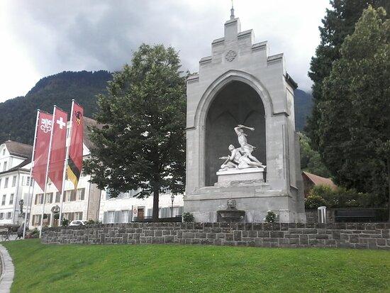 Winkelrieddenkmal