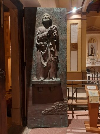 Chiesa Madre dei Santi Pietro e Paolo ⛪