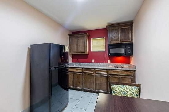 Guest room with kitchen area