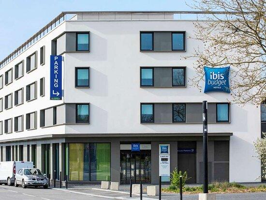 Ibis Budget Saint Quentin en Yvelines Velodrome